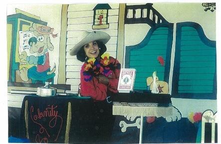 Calamity Jo performing a Magic Card Trick_Zippy Entertainment