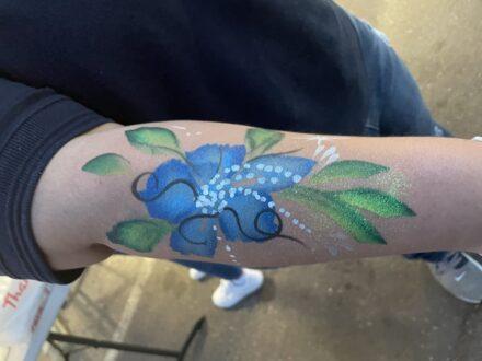Full Arm Flower Face Painting_Zippy Entertainment