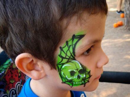 Full Face Face Painting_skull_Zippy Entertainment